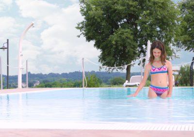 esterno-piscina-Corte-Zuara